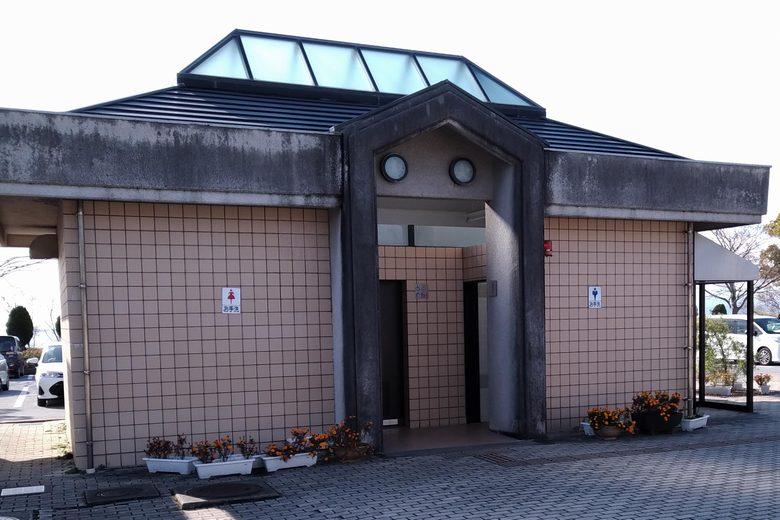 南浦内湖のトイレ