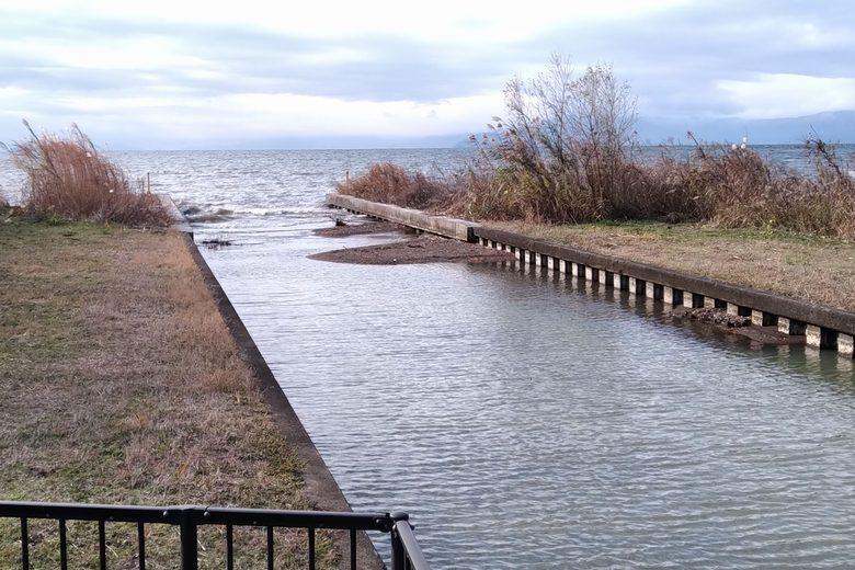 琵琶湖に流れ込む南浦内湖の水路