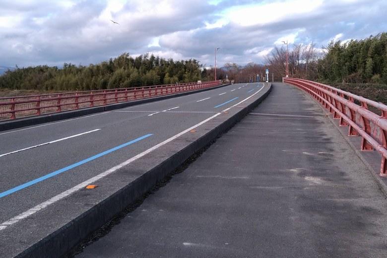 安曇川北流の橋