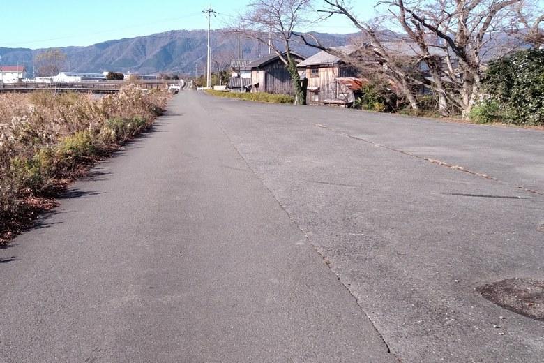 石田川の河口前の広いエリア