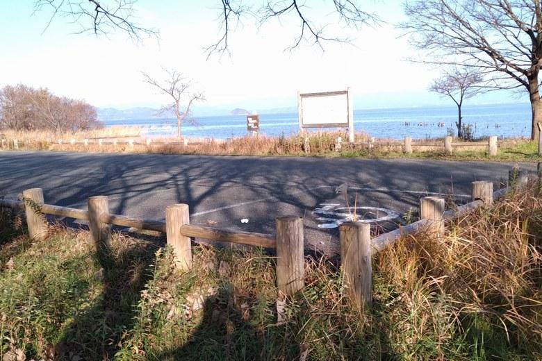 外ヶ浜の駐車場の南側