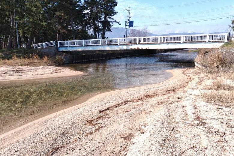 和田打川と歩道橋