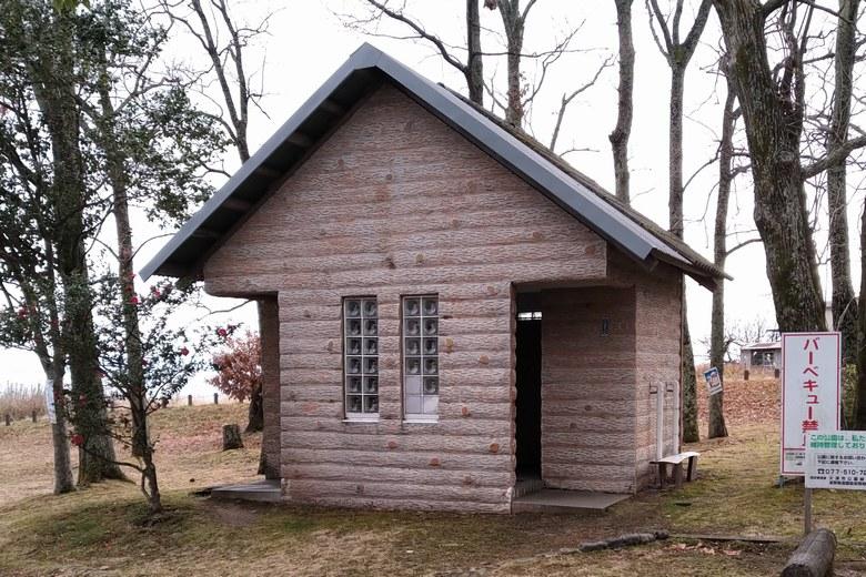 木戸湖岸緑地のトイレ