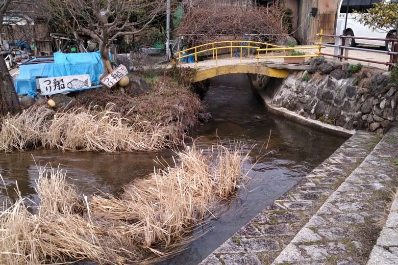 近江舞子の内湖と琵琶湖をつなぐ水路
