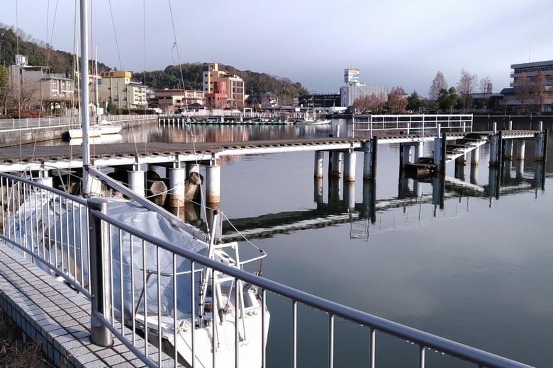 雄琴港の桟橋