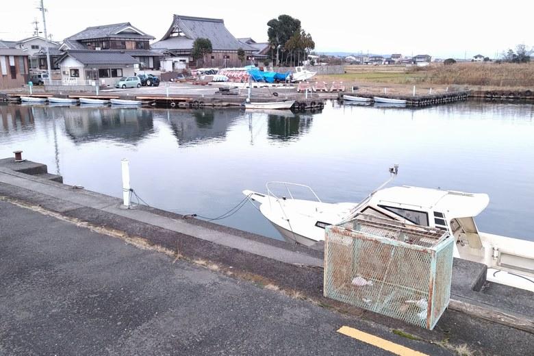 大溝漁港の船着き場