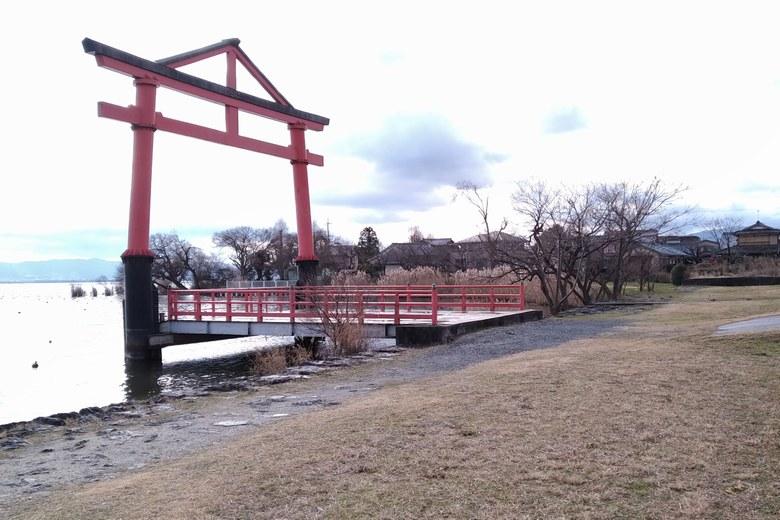 坂本城址公園にある、日吉大社の鳥居