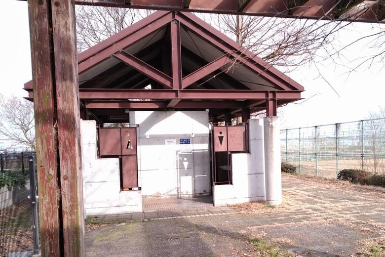 天神川河口湖岸緑地のトイレ