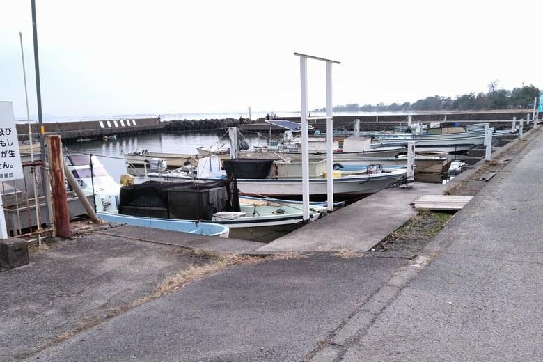和邇漁港の様子
