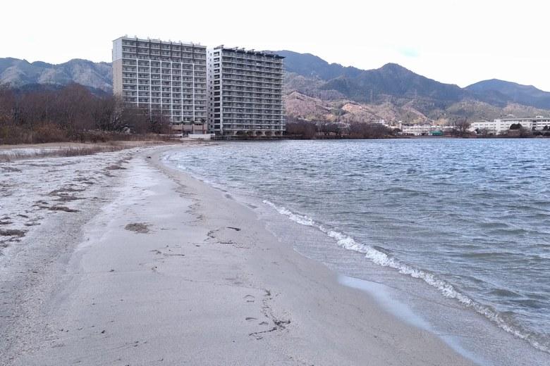 柳川の北の砂浜