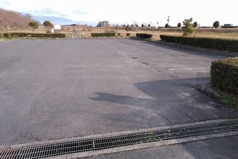 赤野井3北の駐車場