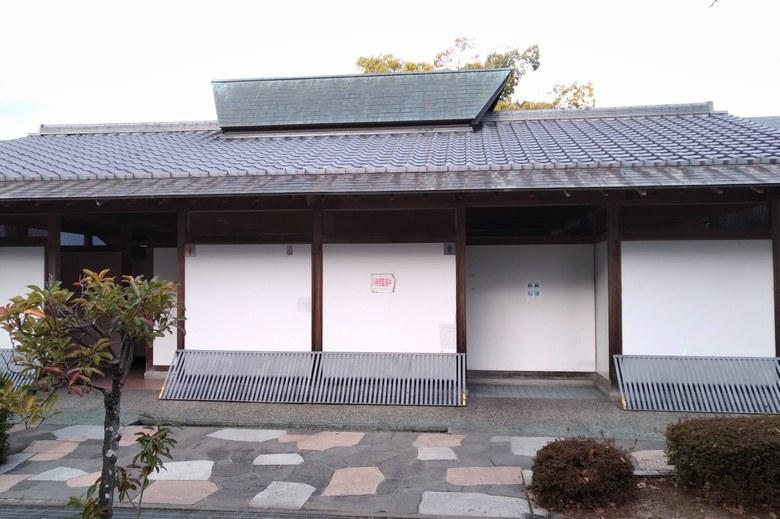 浜大津のなぎさ通りにある公衆トイレ
