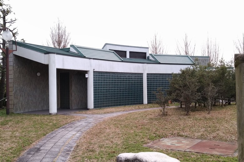 烏丸記念公園にある公衆トイレ