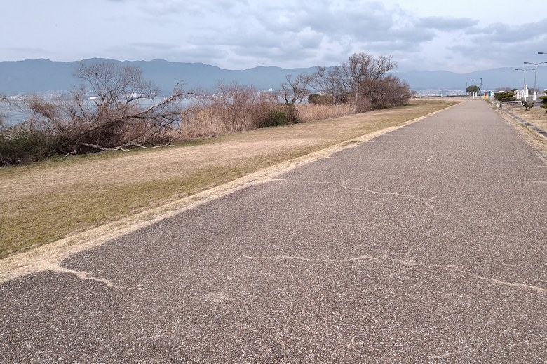 烏丸半島の散歩道