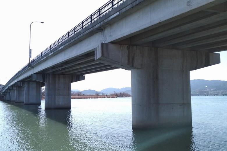 帰帆島の南の橋脚は人気のポイント