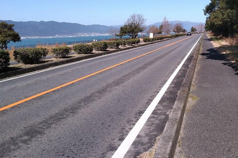 帰帆島の西側を通る県道559号線