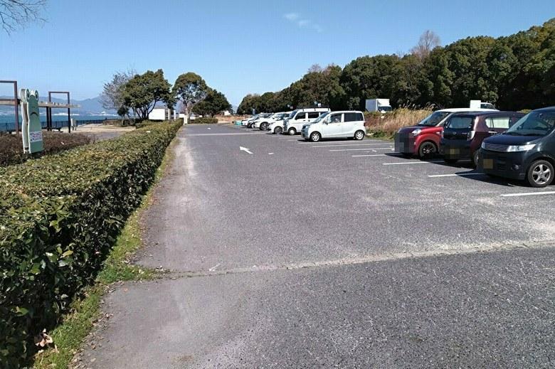南西にある、矢橋帰帆島1駐車場