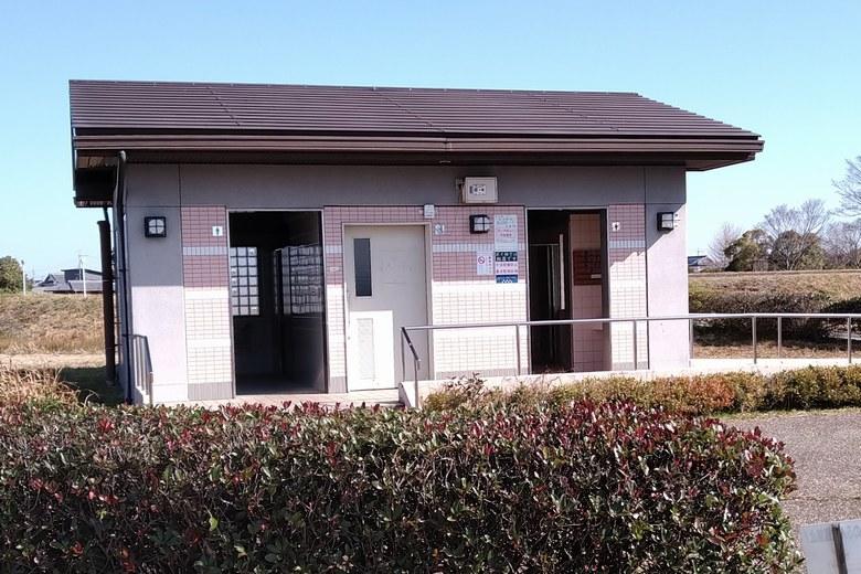 湖岸緑地・北山田1の公衆トイレ