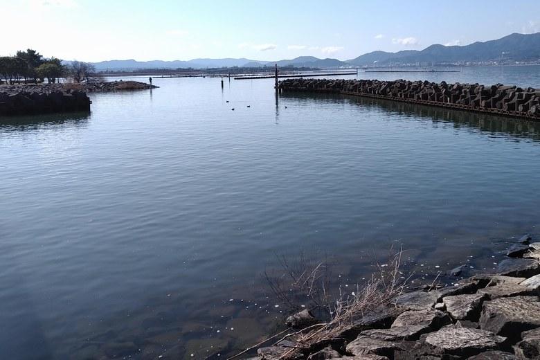 北山田漁港の港口