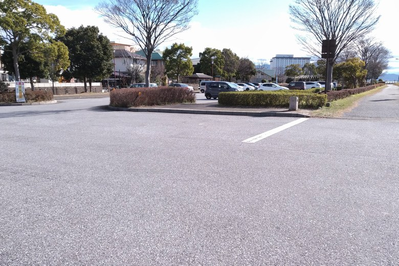 湖岸緑地・長浜1の駐車場