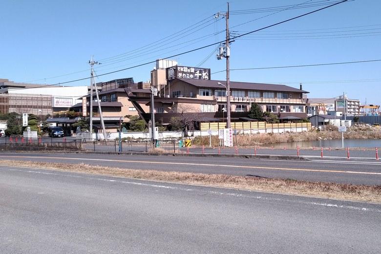 びわこの千松と、県道559号線