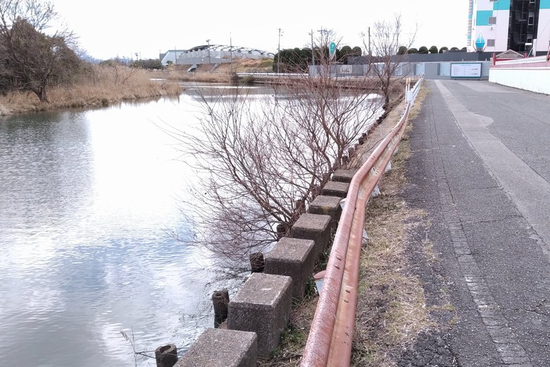 木浜1号水路と2号水路の中間