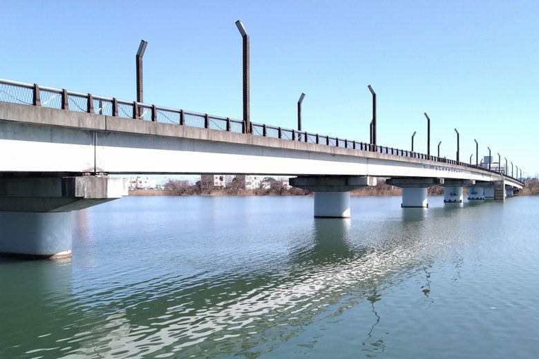 矢橋大橋の橋脚