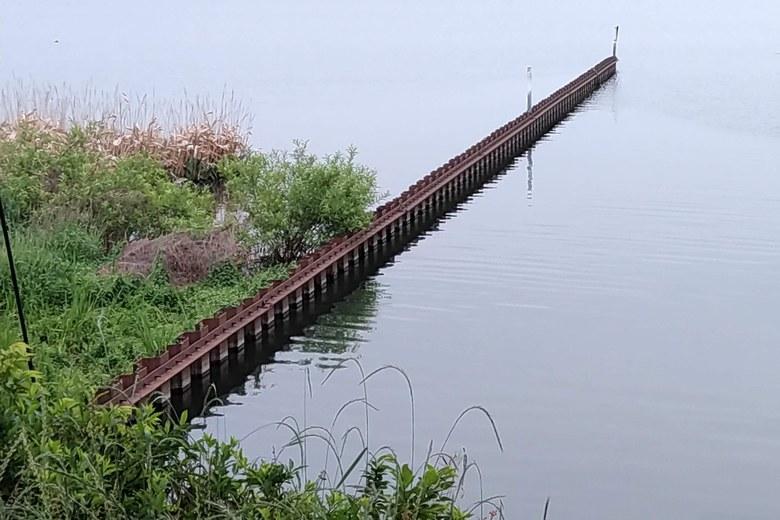 米川河口の南にある矢板