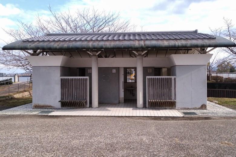 膳所・晴嵐の道A駐車場にある公衆トイレ