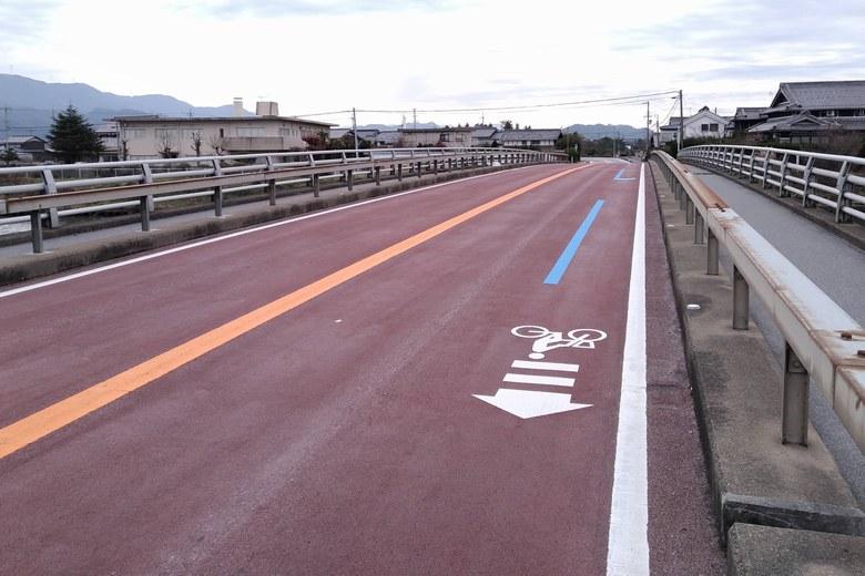 天野川の河口近くを通る、県道2号線