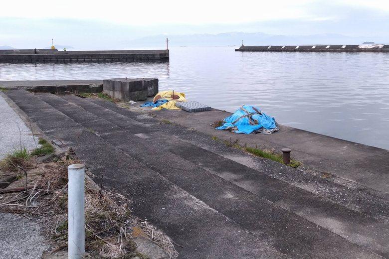 彦根港の出口に近い護岸