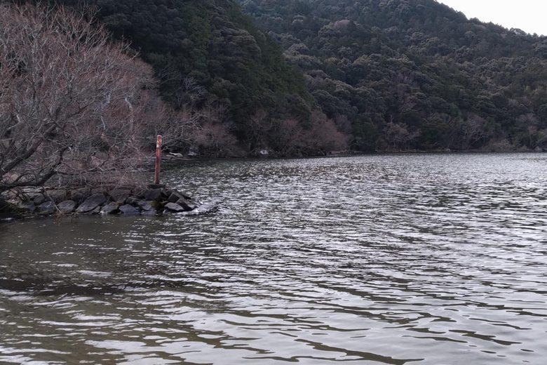 伊崎山と琵琶湖