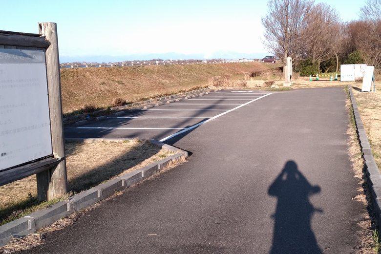 湖岸緑地・栗見新田の駐車場