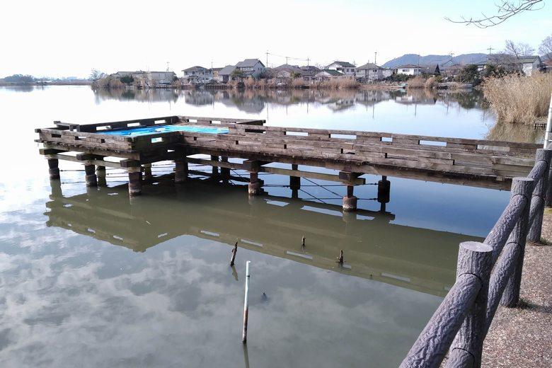 東のワンドにある桟橋