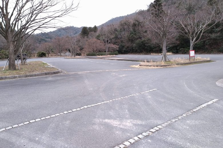 小田ヶ浜園地の駐車場