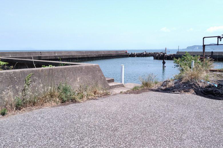 芹川漁港の船溜まり