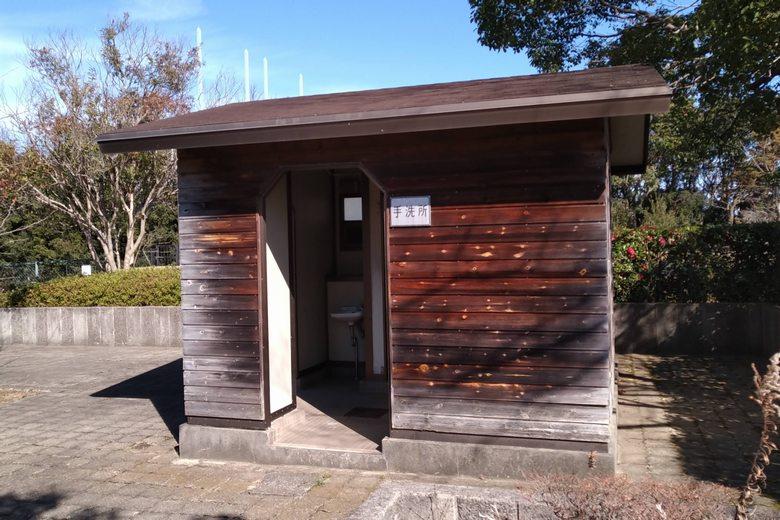 湖岸緑地・田附の公衆トイレ