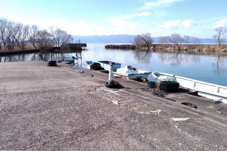 彦根市の柳川漁港の様子