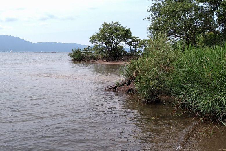 旧野洲川北流の河口と石積み