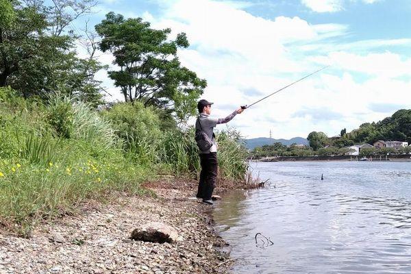 釣りをしているフトガミ