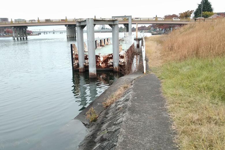 瀬田唐橋の東岸にある、船着き場