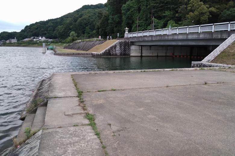 大津放水路のの流れ込み