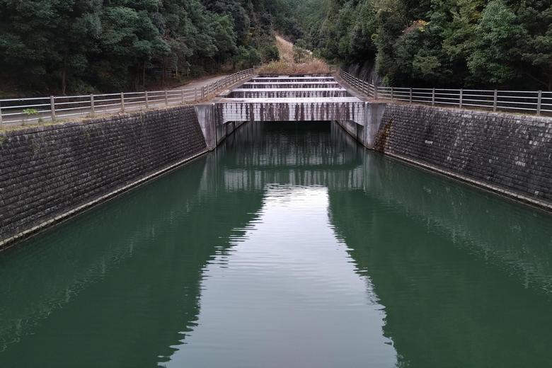 大津放水路の上流