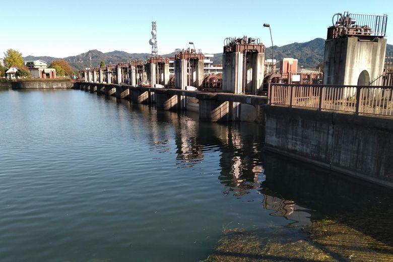 瀬田川洗堰の水門