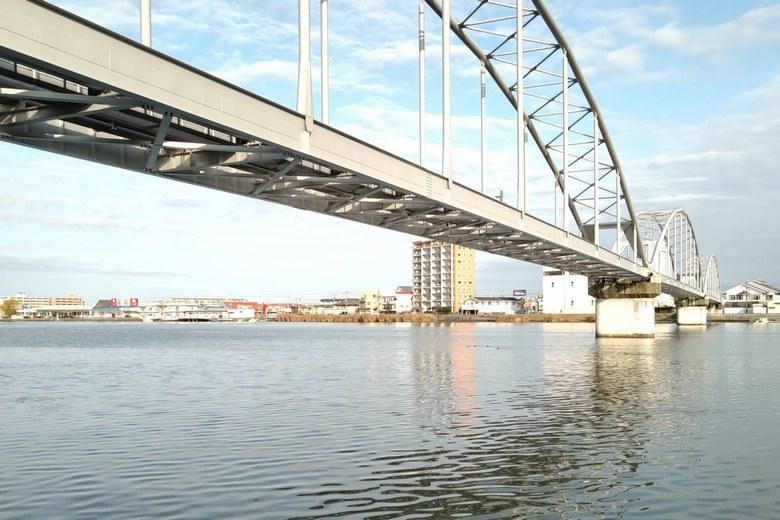 瀬田川共同橋の様子