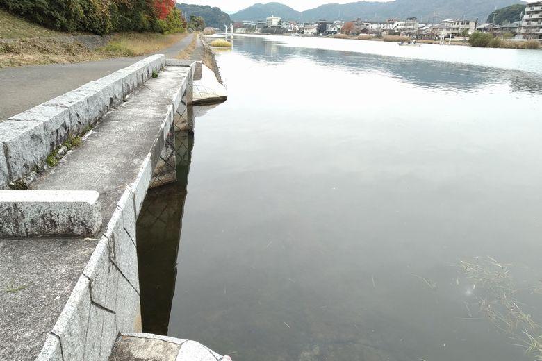 篠部川の流れ込み
