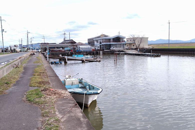 吉川漁港の奥にあるマリーナ