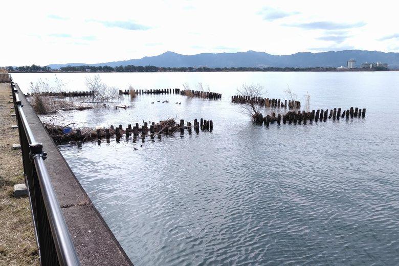 吉川漁港と野洲川河口の間の、深くなっているエリア