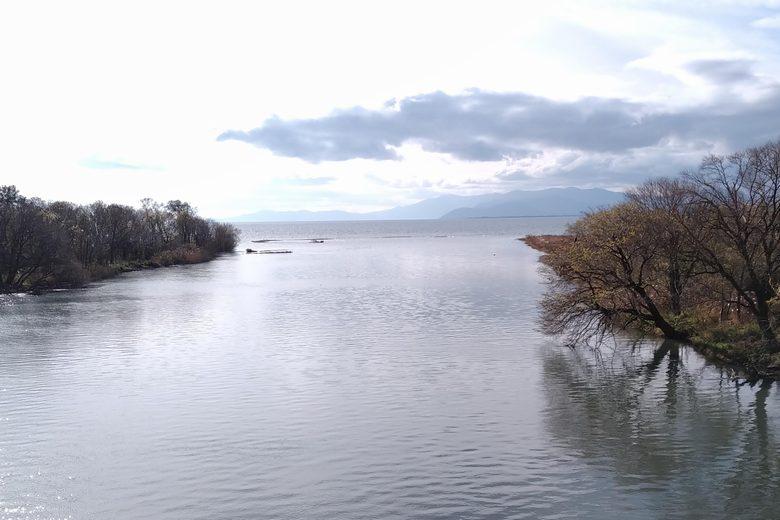 琵琶湖に流れ込む姉川の河口