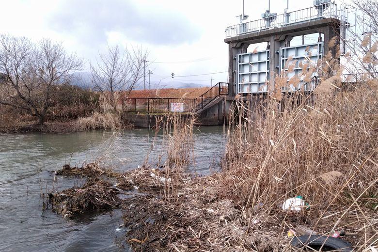 新草津川の近くの水門